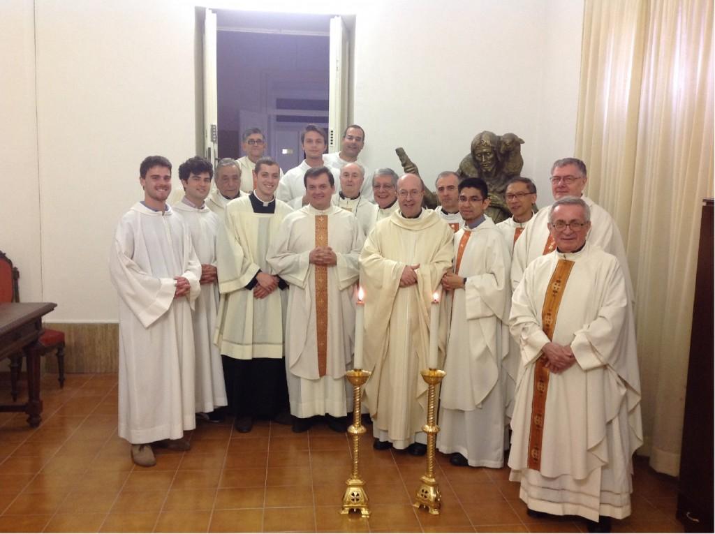 gruppo sacerdoti1