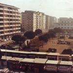 foto piazza con mercato