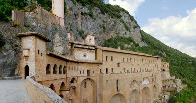 Pellegrinaggio al Sacro Speco di Subiaco, monastero San Benedetto.
